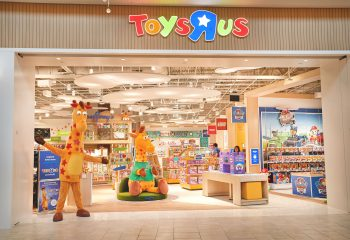 toys_r_us_new_store